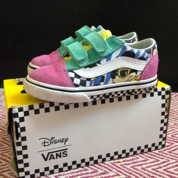 940542b9e46ab4 Vans Shoes | Old Skool V Disney 80s Mickey | Poshmark